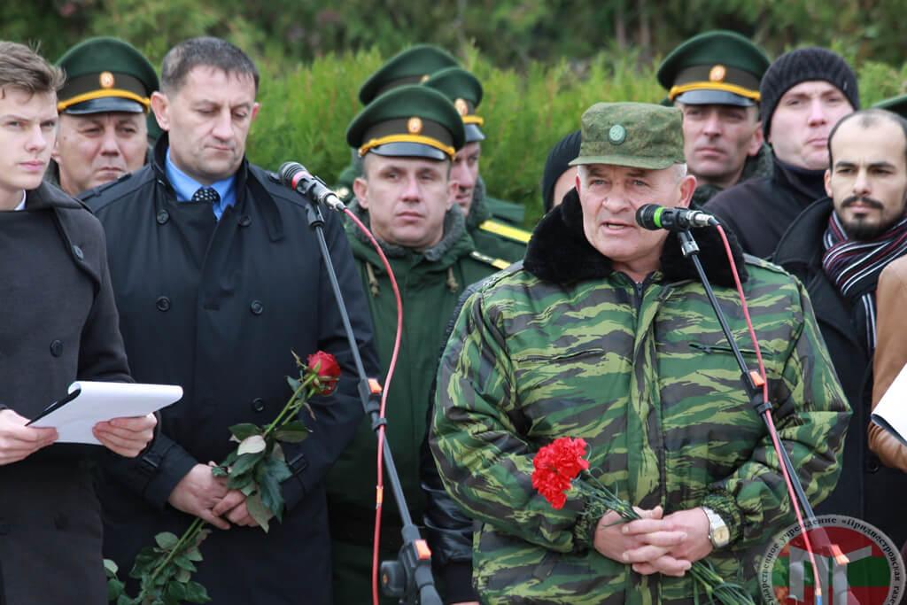 Активистов также поблагодарил председатель приднестровской Ассоциации ветеранов войны в Афганистане Игорь Буга