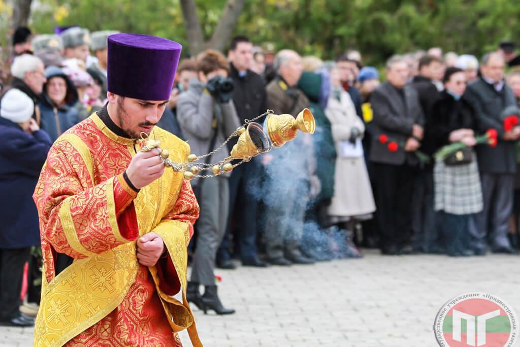Представители трех религиозных конфессий совершили литию по погибшим