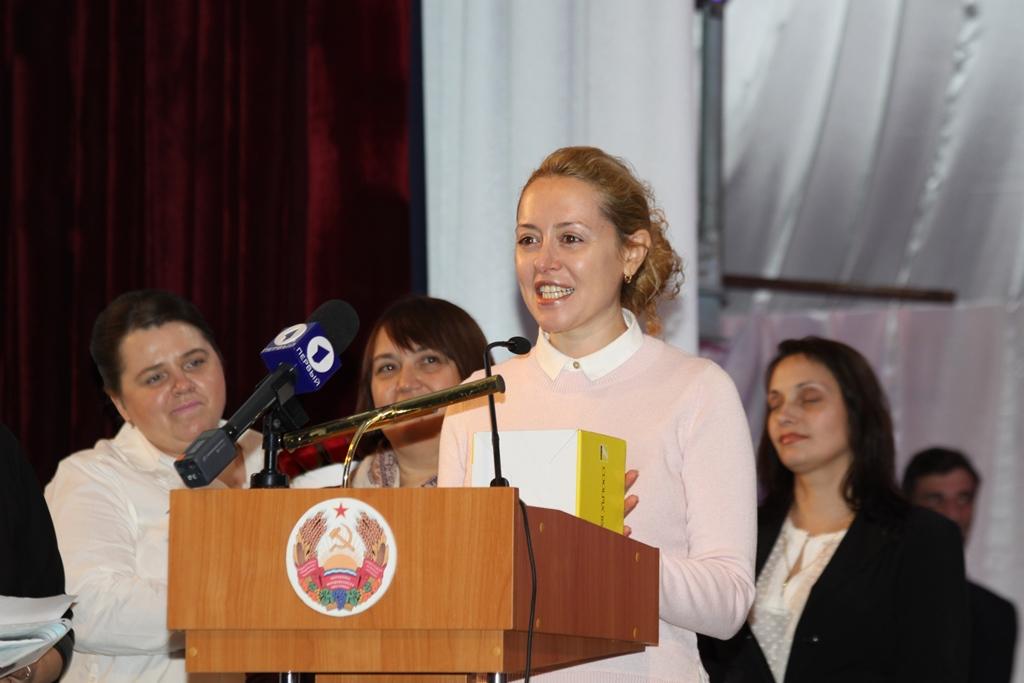 В мероприятии приняли участие представители филиала в Молдове Американского Еврейского Распределительного комитета «Джойнт» Алла Болбочану и еврейской общины в РМ Марина Шустер