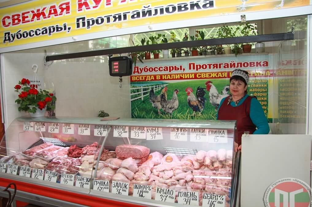 Мясная продукция и колбасные изделия на рынке всегда свежие и вкусные!