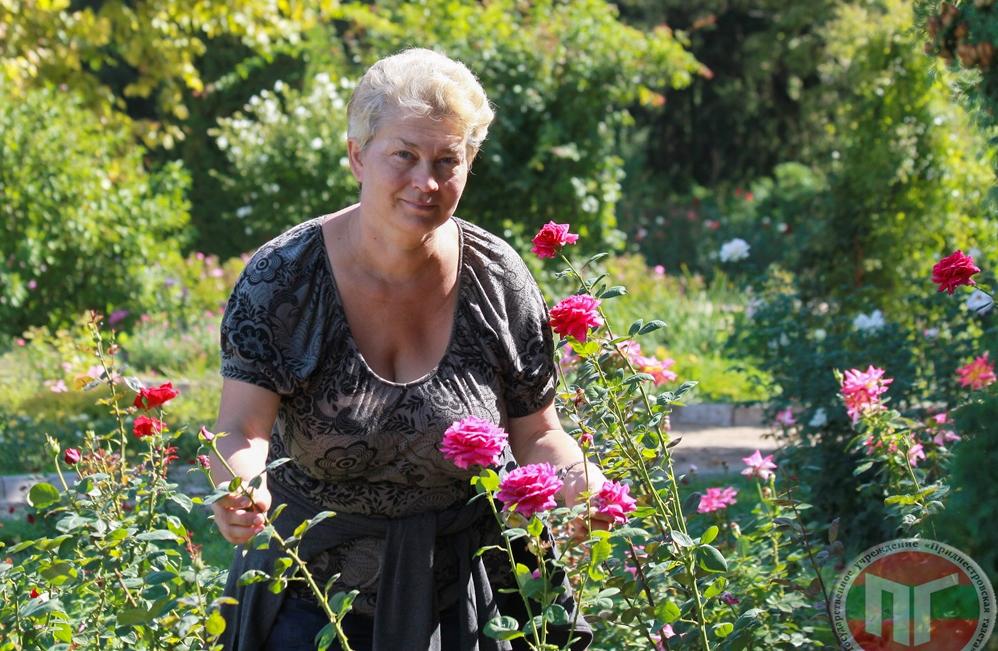 Заведующая отделом по садово-парковому строительству и научно-исследовательской работе Галина Будза